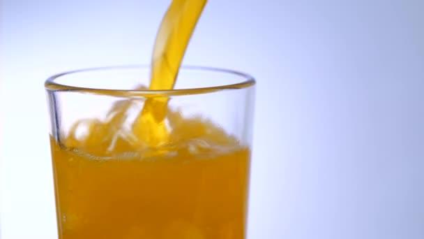 Durstlöschung und sommerliches Erfrischungsgetränk