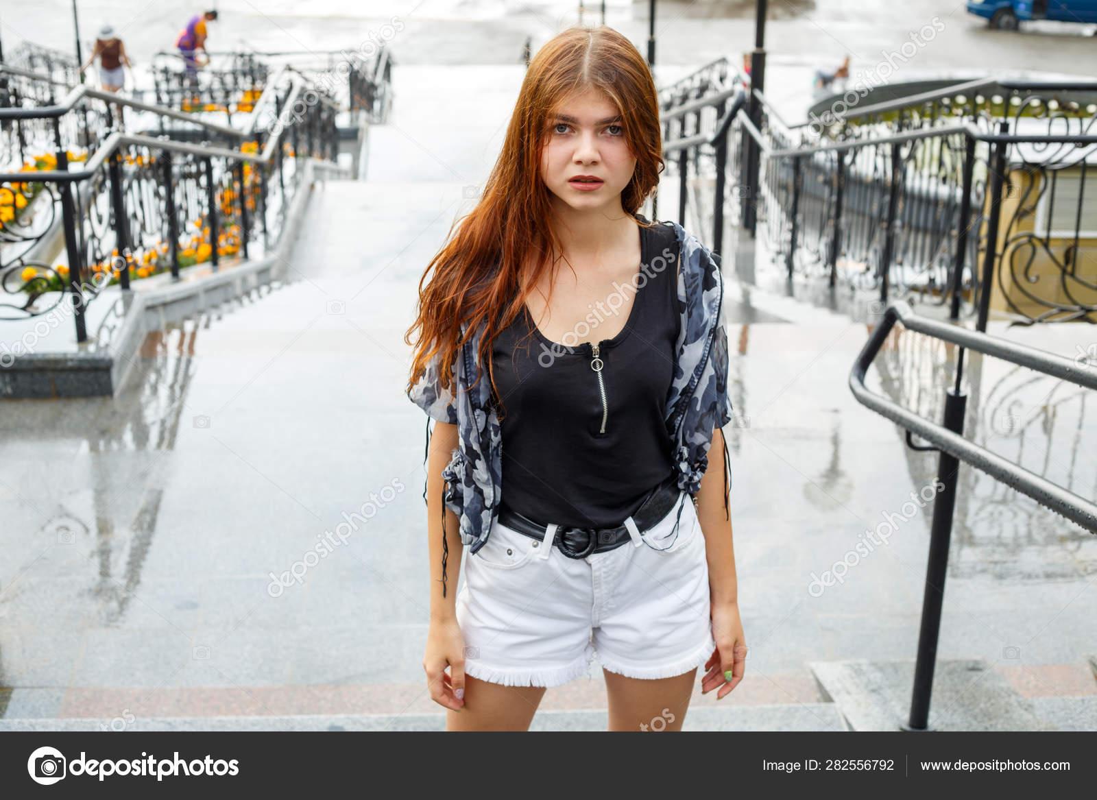 nedves tini nadrágos képek