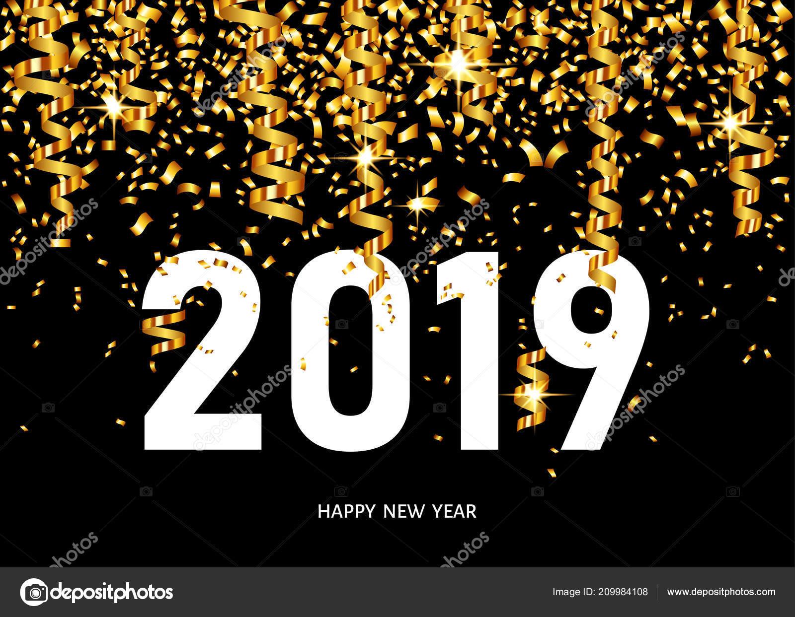 3cd3e495e Tarjeta de felicitación de feliz año nuevo 2019 en fondo negro con confeti dorado  y cintas. Plantilla de diseño del vector — Vector de ...