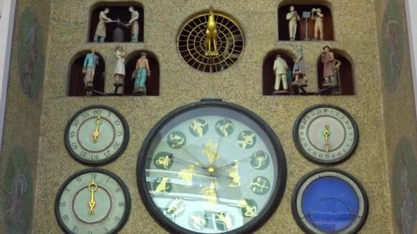 Olomouc, Česká republika září 2018: timelapse staré orloj v centru Olomouce