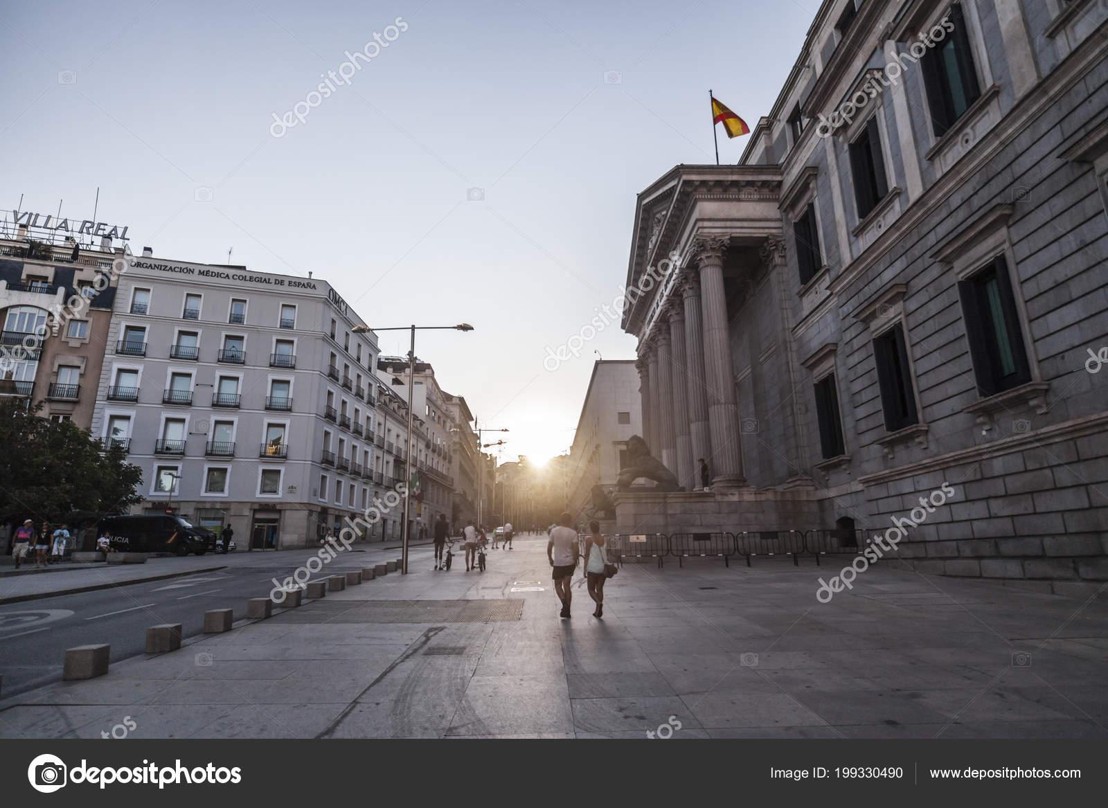 Palacio Palacio Las Cortes Congreso Diputados Exterior Calle