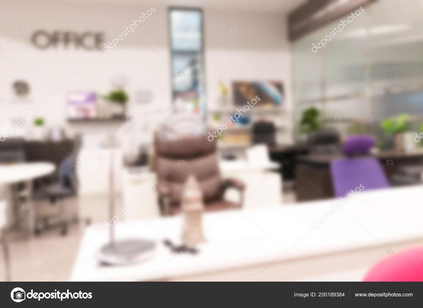 Abstractblurred espace travail bureau moderne table travail bureau