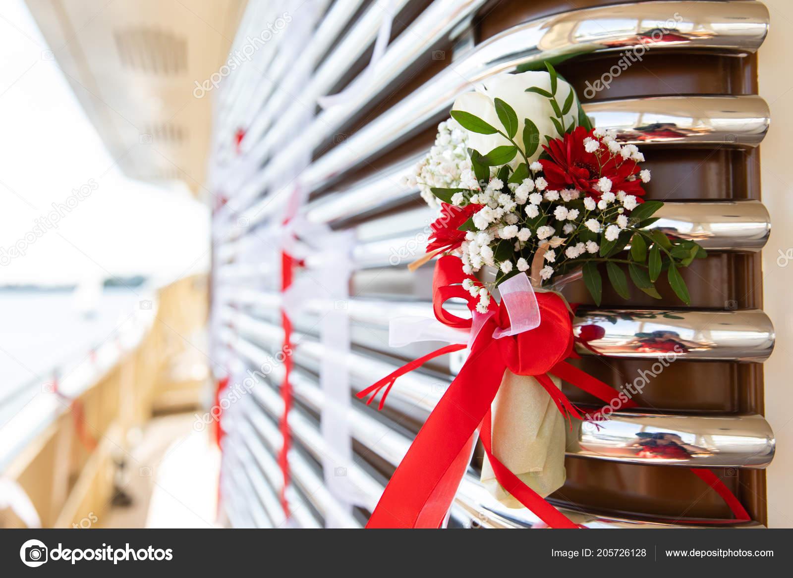3f04003cbdc3 Στολισμός Γάμου Φυσικά Λουλούδια — Φωτογραφία Αρχείου © angel648 ...