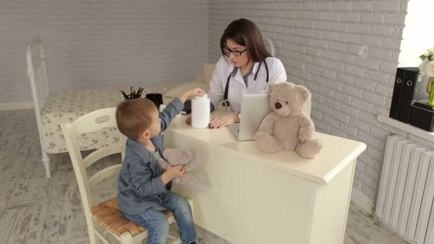 Děti na recepci u lékaře