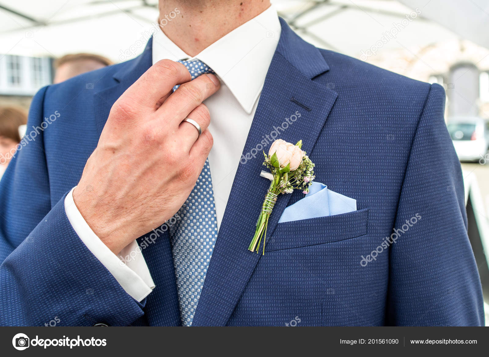 d745ff79cd4a Pink rose boutonniere flower groom wedding coat with tie shirt — Stock Photo