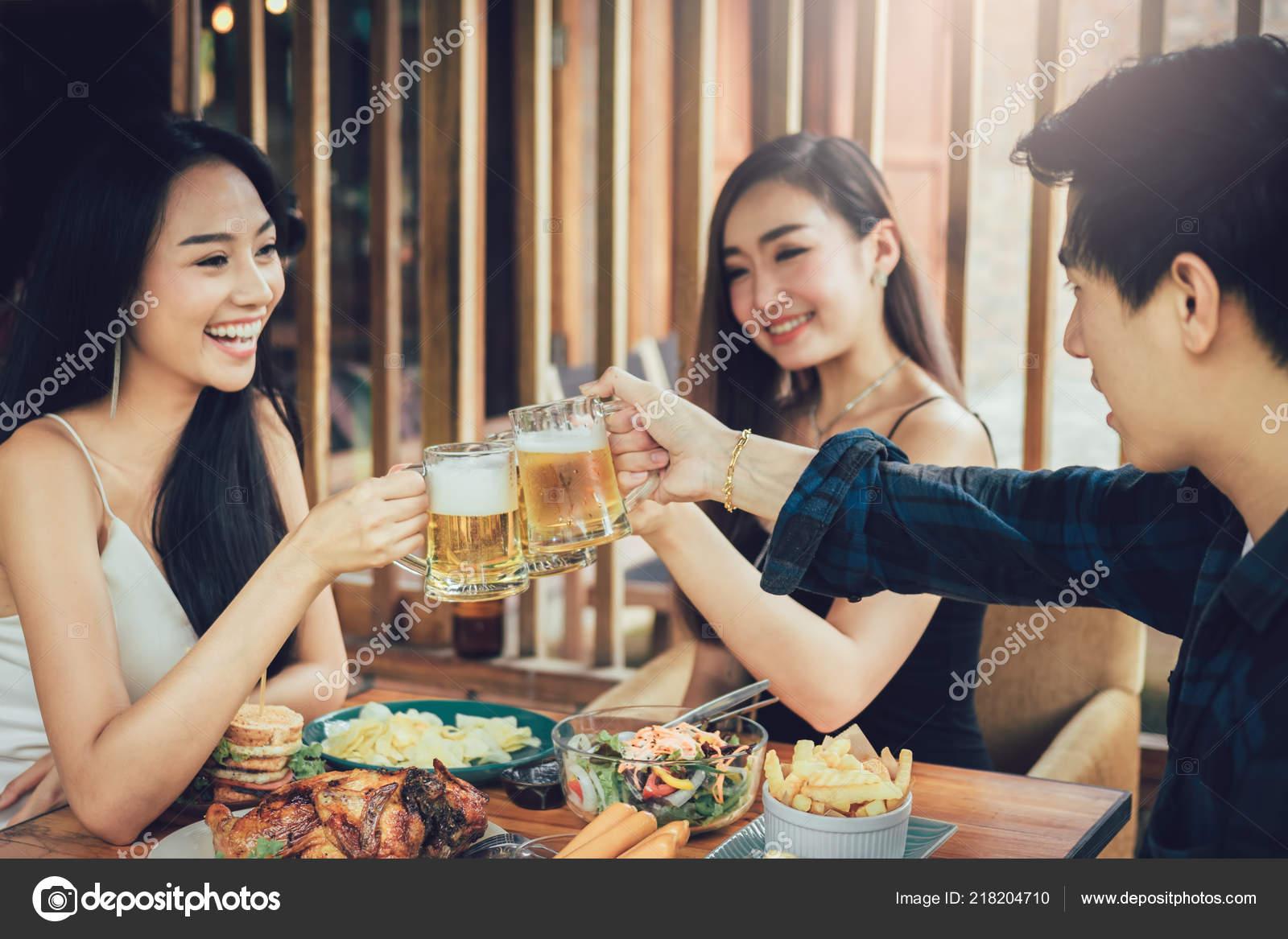 Fun teen restaurants