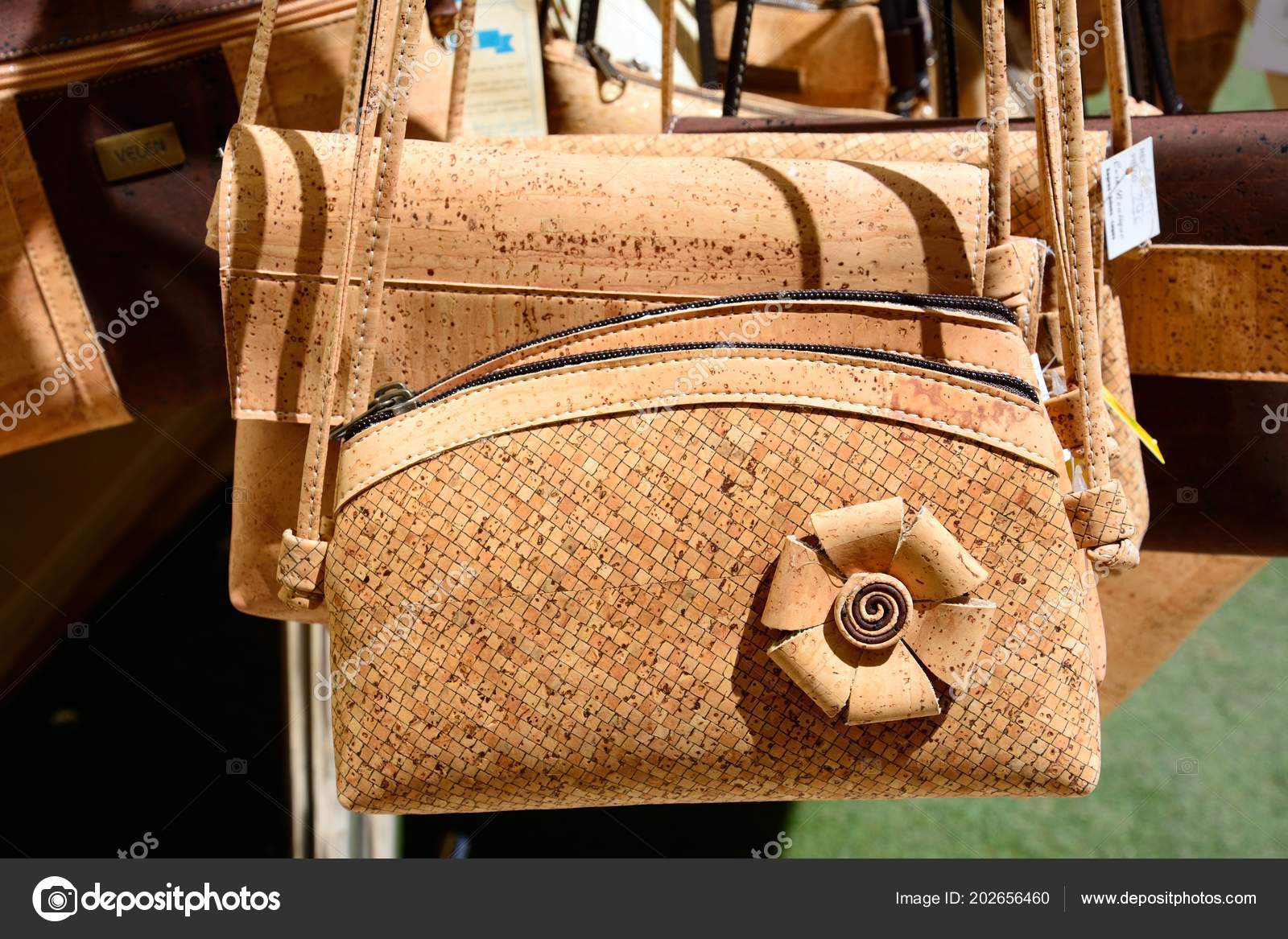07137b2923623 Silves Portugalsko Června 2017 Korkové Kabelky Prodej Mimo Obchod Starém —  Stock fotografie