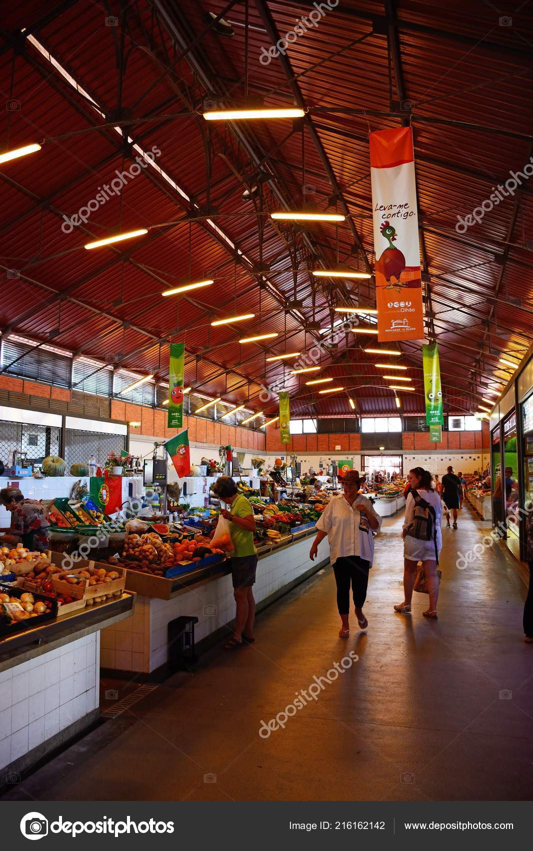 Olhau Portugal June 2017 Shoppers Looking Fresh Produce Sale