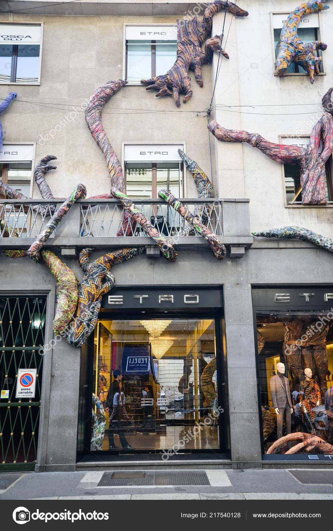 check out e1424 37054 Milan Italy September 2018 Etro Store Milan Montenapoleone ...