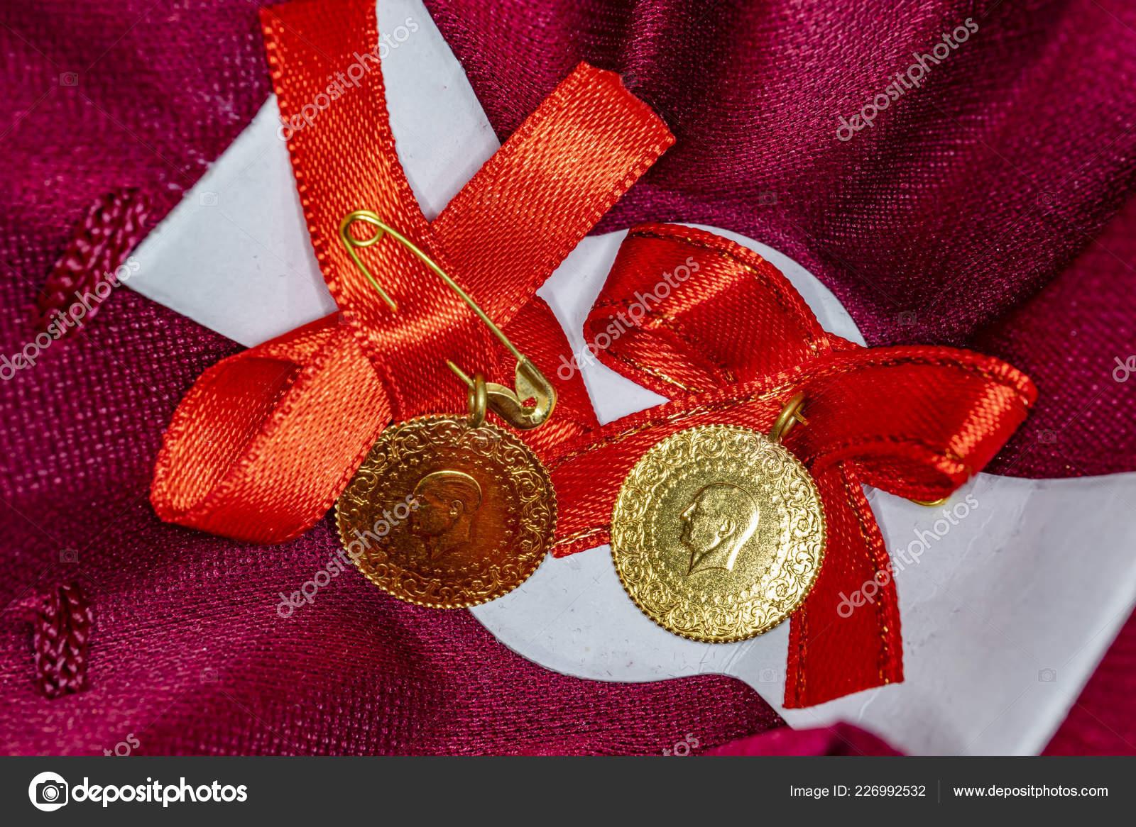 Eine Türkische Tradition Quartal Gold Für Hochzeiten Und