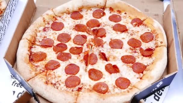 zblízka pizzy plátků