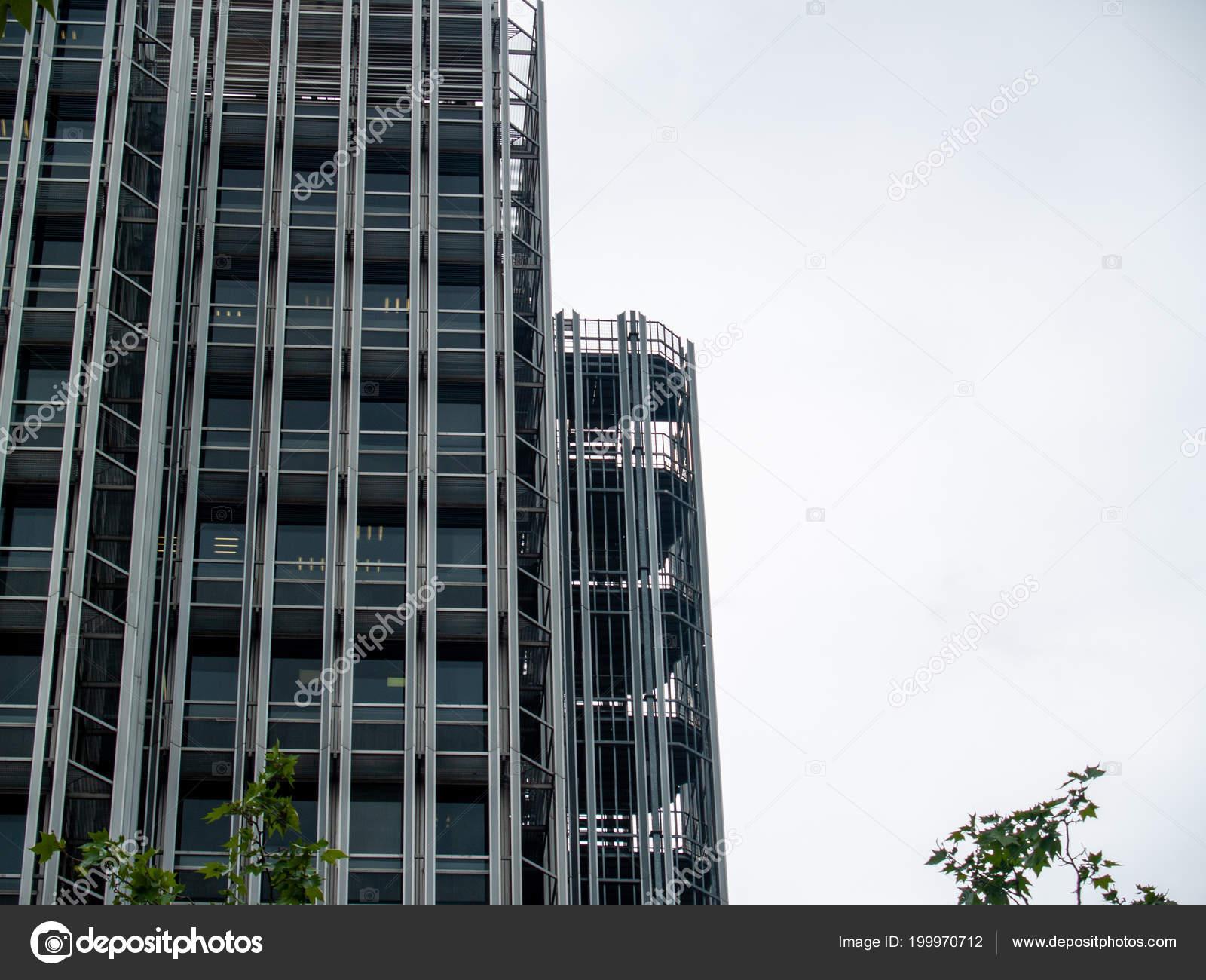 Commercio vetro costruzione architettura moderna u2014 foto stock