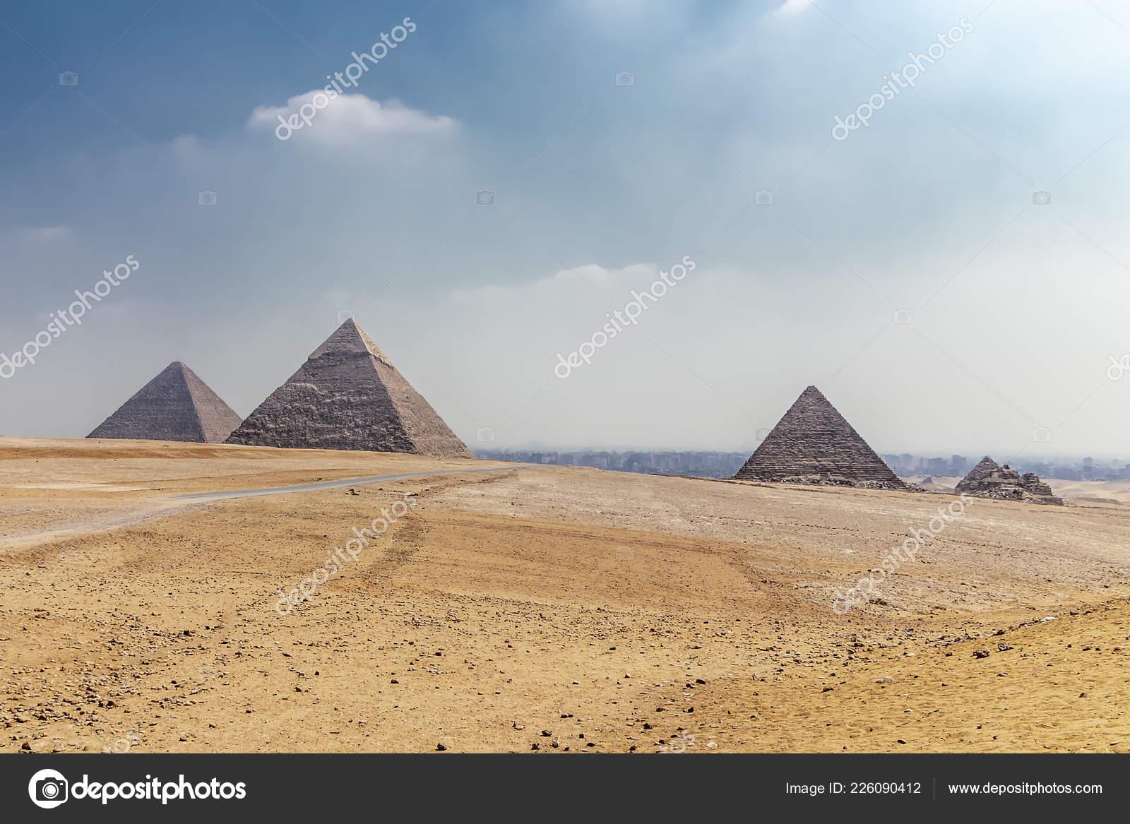 Panorama Area Great Pyramids Giza Egypt — Stock Photo © alfredosaz