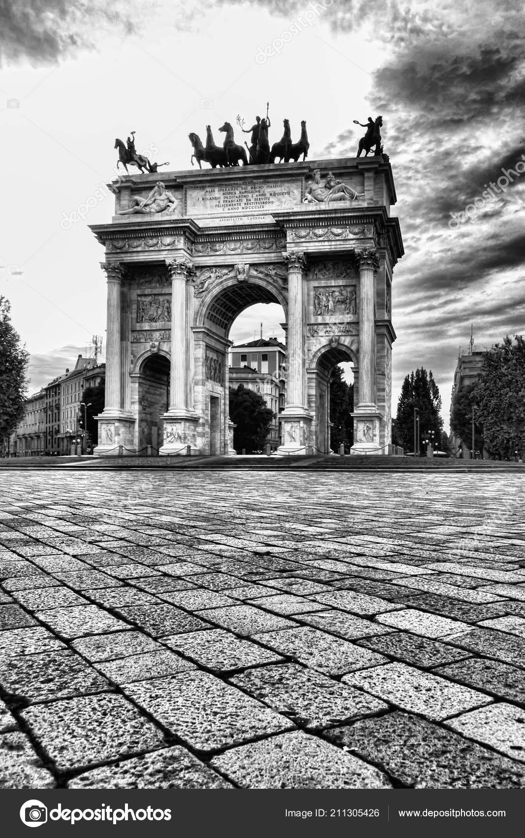 Pace Bianco E Nero arch peace arco della pace milan italy photo black white