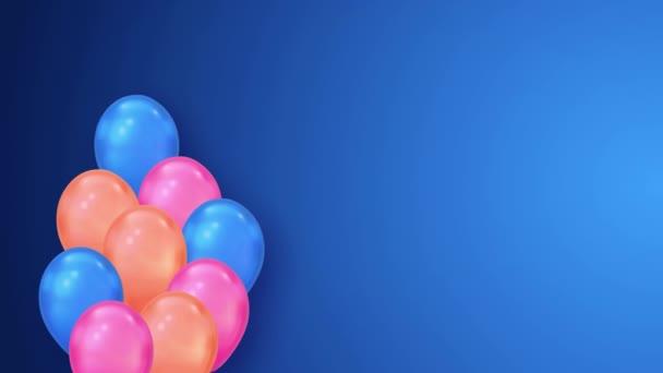 Abstraktní 3D animace vícebarevných balónů Fly na bílém pozadí smyčka alfa kanál.
