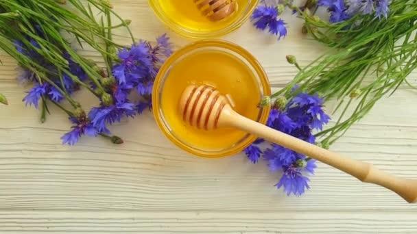čerstvý med květinový chrat pomalý pohyb