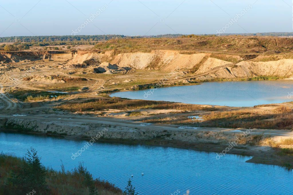 sand mining and quarrying, sand quarry