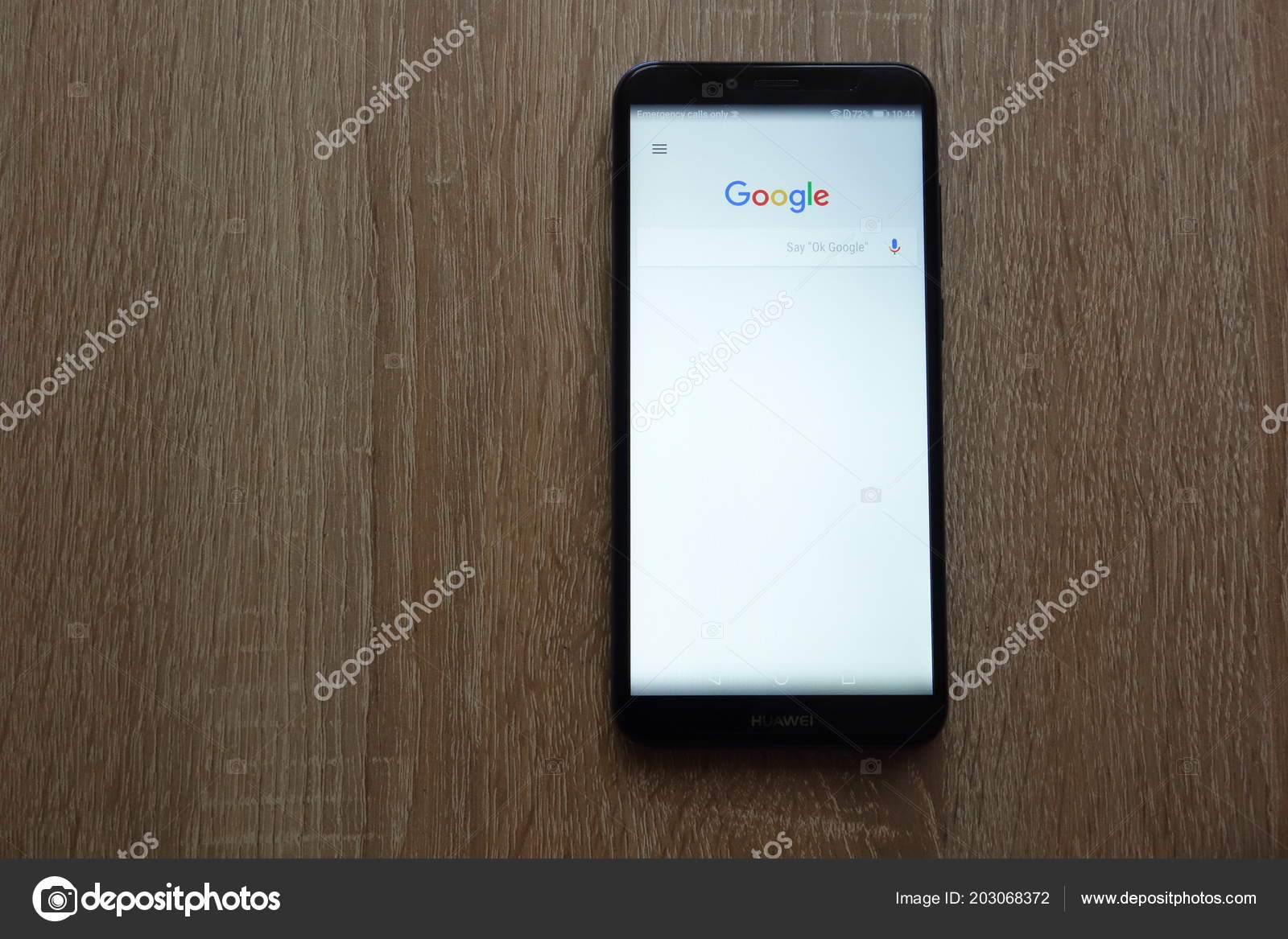 Konskie Poland June 2018 Google Browser Displayed New Huawei