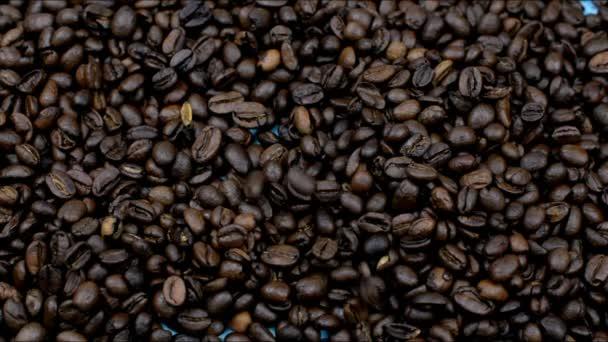 voňavá pražené kávové fazole