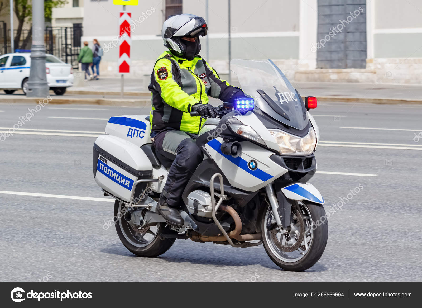 Moscow Russia May 04 2019 Police On Modern Bmw Motorcycle With Flashing Red And Blue Lights Ride The Street In Sunny Day Stock Editorial Photo Bonekot 266566664
