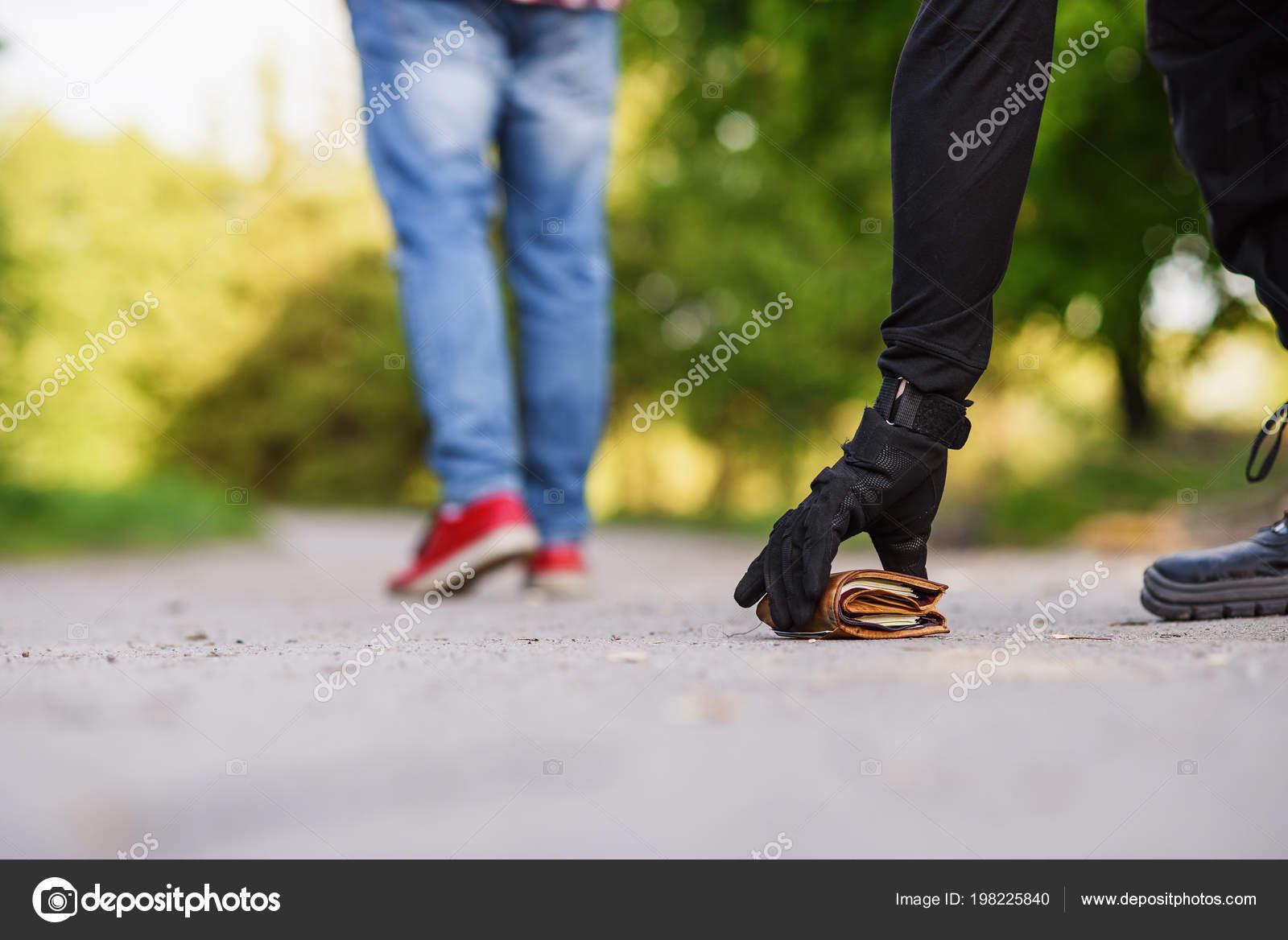 Schwarze Taschendiebstähle