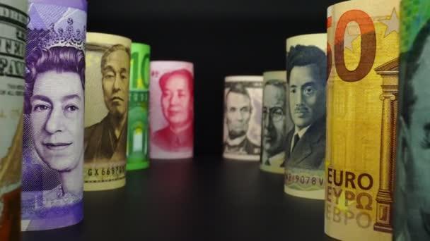 Deviza pénzváltó koncepció. Különböző nemzetek bankjegyei.