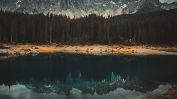 Time Lapse of Lake Carezza Western Dolomites Itálie