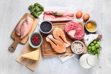 Foto de Alimentos de alto valor proteico. Concepto de alimentación y dieta saludable - Imagen libre de derechos