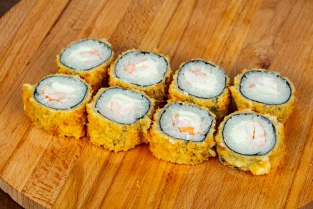 Hot roll with prawn and soft cheese