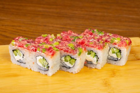Delicious spicy tuna rolls with cream cheese