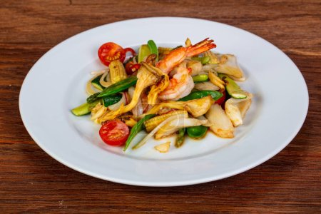 Stir fry with seafood and vegetables