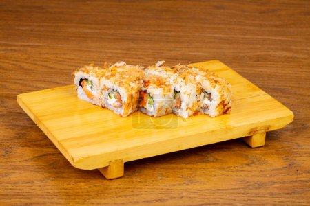 Delicious bonito rolls with salmon