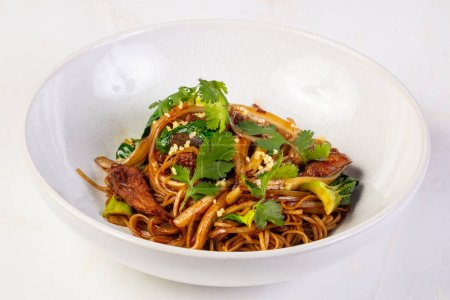 Egg noodle with oyster sauce
