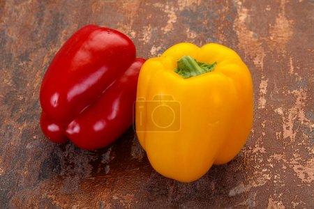 Foto de Pimiento rojo y amarillo Bell búlgaro - Imagen libre de derechos