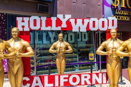 Photo for LOS ANGELES, HOLLYWOOD, USA - MARCH 29, 2020: Oscar statues at Walk of Fame in Hollywood, Los Angeles, California, USA - Royalty Free Image