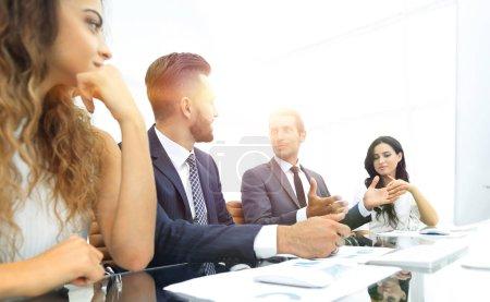 Photo pour Équipe closeup.business à l'atelier - image libre de droit