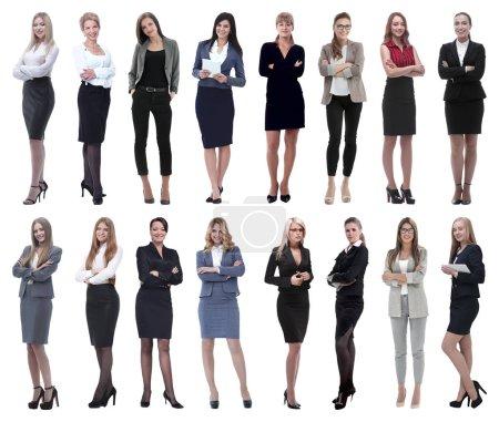Photo pour En pleine croissance.collage d'un groupe de jeunes femmes d'affaires prospères. isolé sur fond blanc - image libre de droit