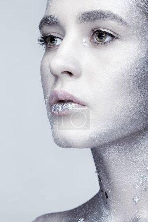 Photo pour Gros plan macro beauté portrait de jeune femme visage . - image libre de droit