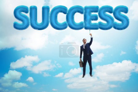 Photo pour Homme d'affaires, battant dans le concept de réussite - image libre de droit