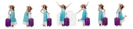 Photo pour Femme voyageur avec valise isolée sur blanc - image libre de droit