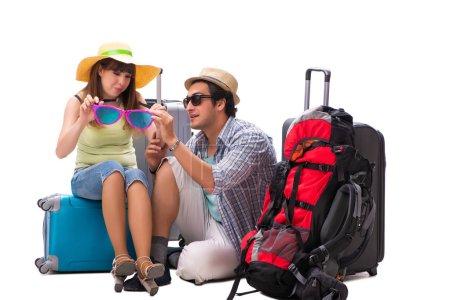 Photo pour Jeune famille se préparant pour les vacances Voyage sur blanc - image libre de droit
