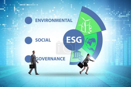 Photo pour Concept ESG comme gouvernance environnementale et sociale avec l'homme d'affaires - image libre de droit