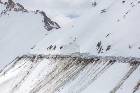 Traffic on Khardung La pass, Ladakh, India. Elevation of Khardung La pass is 5,359 m