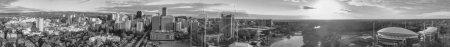 Photo pour ADELAIDE, AUSTRALIE - 16 SEPTEMBRE 2018 : Vue aérienne de la ville au coucher du soleil. Adélaïde est la principale ville de l'État d'Australie-Méridionale . - image libre de droit