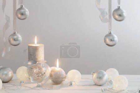 the white Christmas decoration