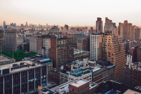 Photo pour Vue sur les quartiers de New York d'en haut - image libre de droit