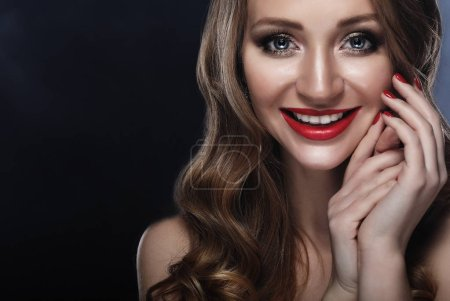 Photo for Happy smile closeup portrait of sexy smiling caucasian young woman model with glamour red lips, bright makeup. Perfect clean skin and white teeth. - Royalty Free Image
