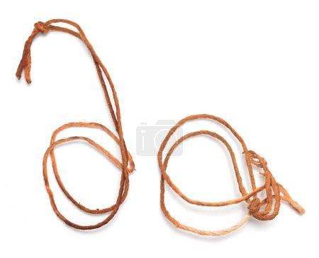 Photo pour Vieille corde sur fond blanc - image libre de droit