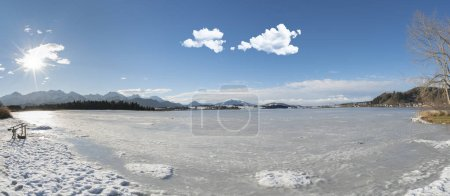Photo pour Scène panoramique en hiver en Bavière, Allemagne - image libre de droit