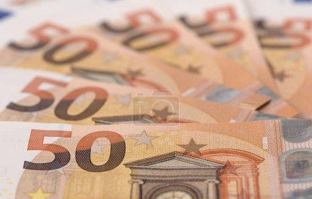 Photo pour Billets de banque en monnaie européenne Euro - image libre de droit